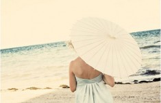bijoux-bride-its-all-in-the-details-beach-destination-wedding-styling-parasol-ftd