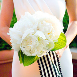 bloved-wedding-blog-its-all-in-the-details-wedding-styling-guide-modern-monochrome-thumb