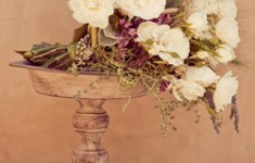 bloved-wedding-blog-its-all-in-the-details-italian-vineyard-styling-inspiration-rustic-flower-urns-wg