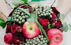 bloved-wedding-blog-its-all-in-the-details-favourite-bouquets-red-green-fruit